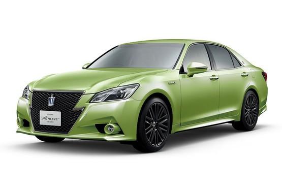 丰田皇冠60周年纪念版 亮绿色